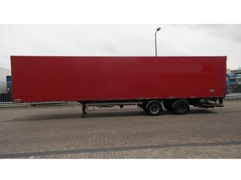 Fruehauf 2 AXLE CLOSED BOX TRAILER - poluprikolica sa zatvorenim sandukom